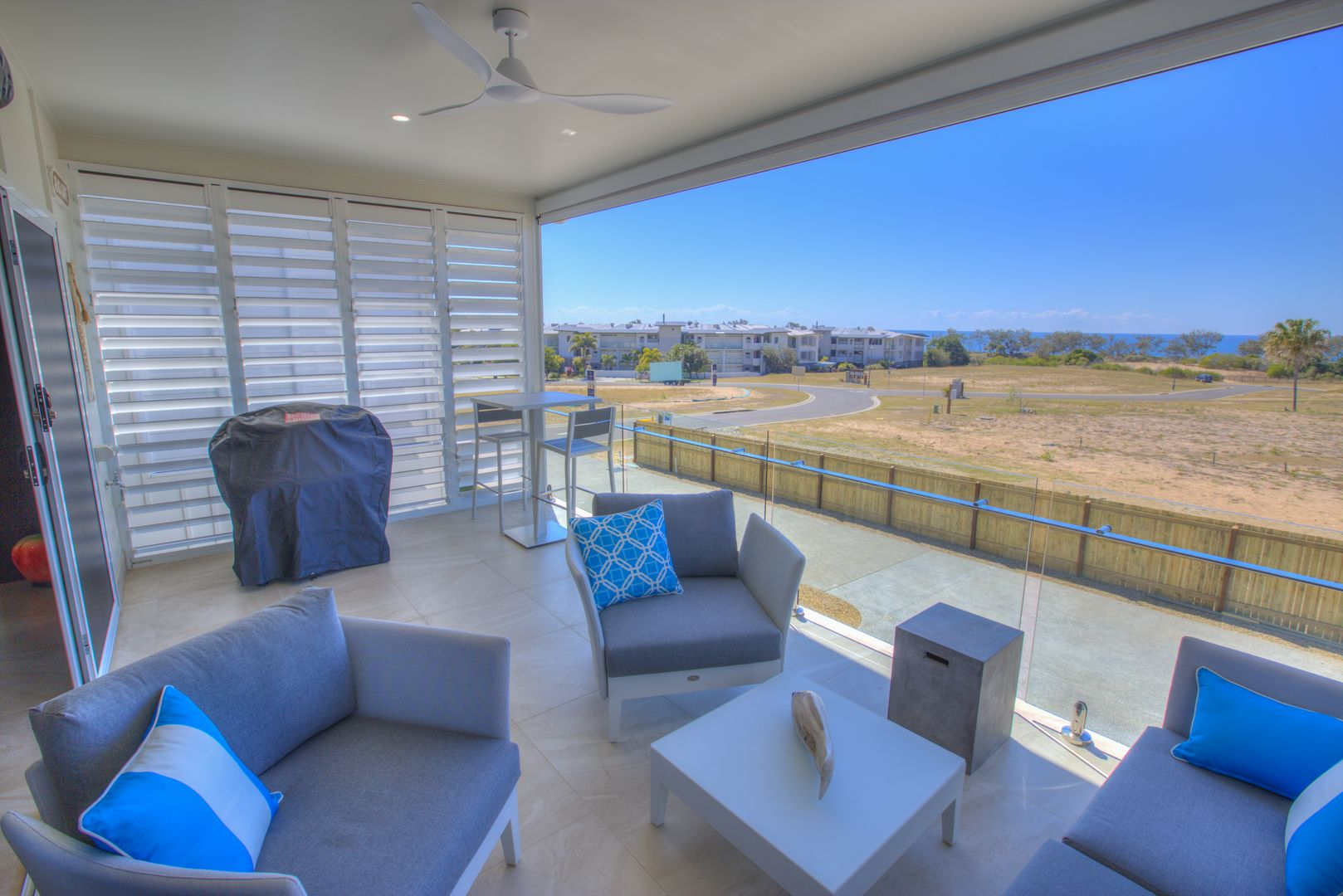 4/21 Beaches Village Crct, Agnes Water QLD 4677, Image 2