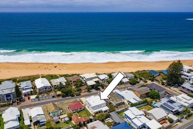 Picture of 10 Calais Road, WAMBERAL NSW 2260