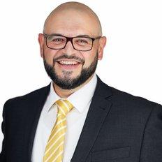 Sebastian Viteri, Sales representative