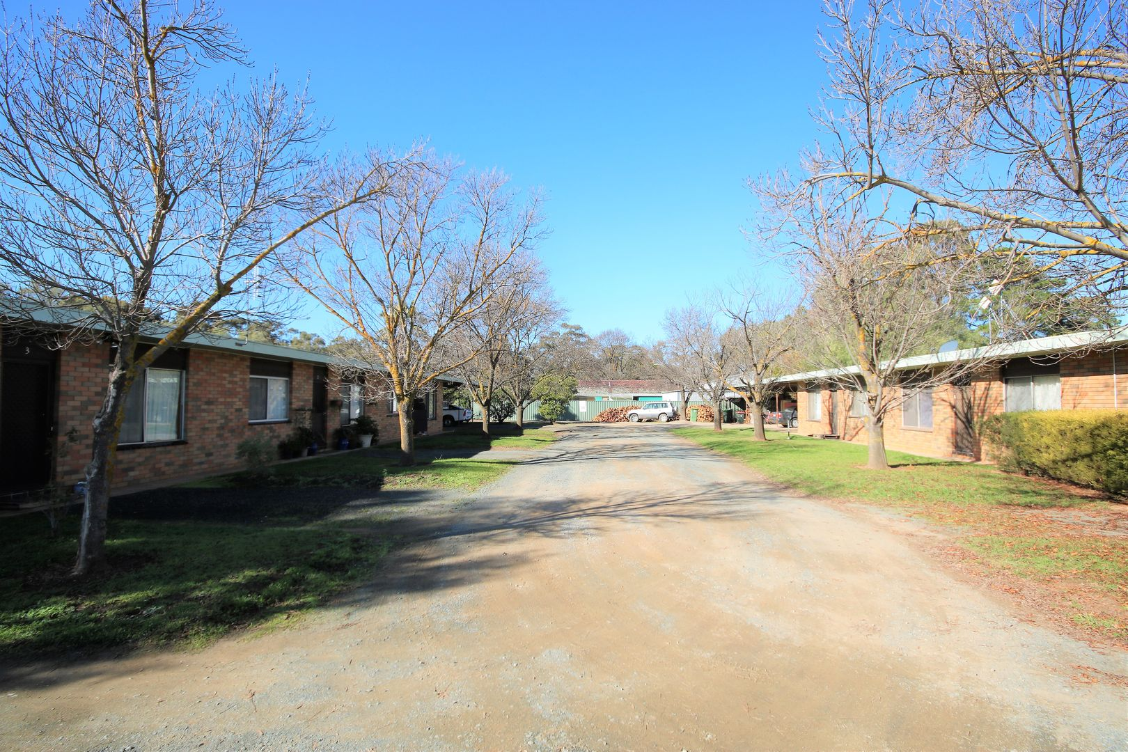 units 1-6 28 Railway Road, Rochester VIC 3561, Image 1