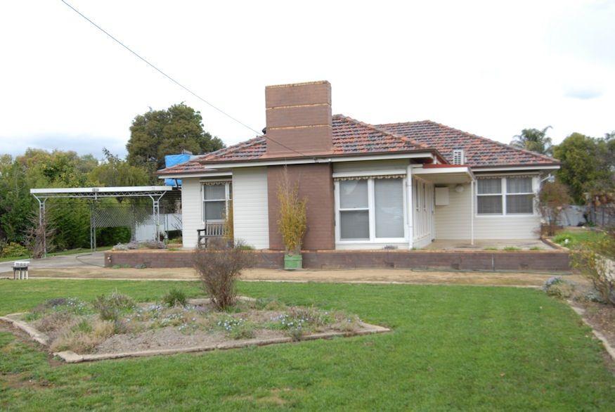 92 Crispe Street, Deniliquin NSW 2710, Image 0