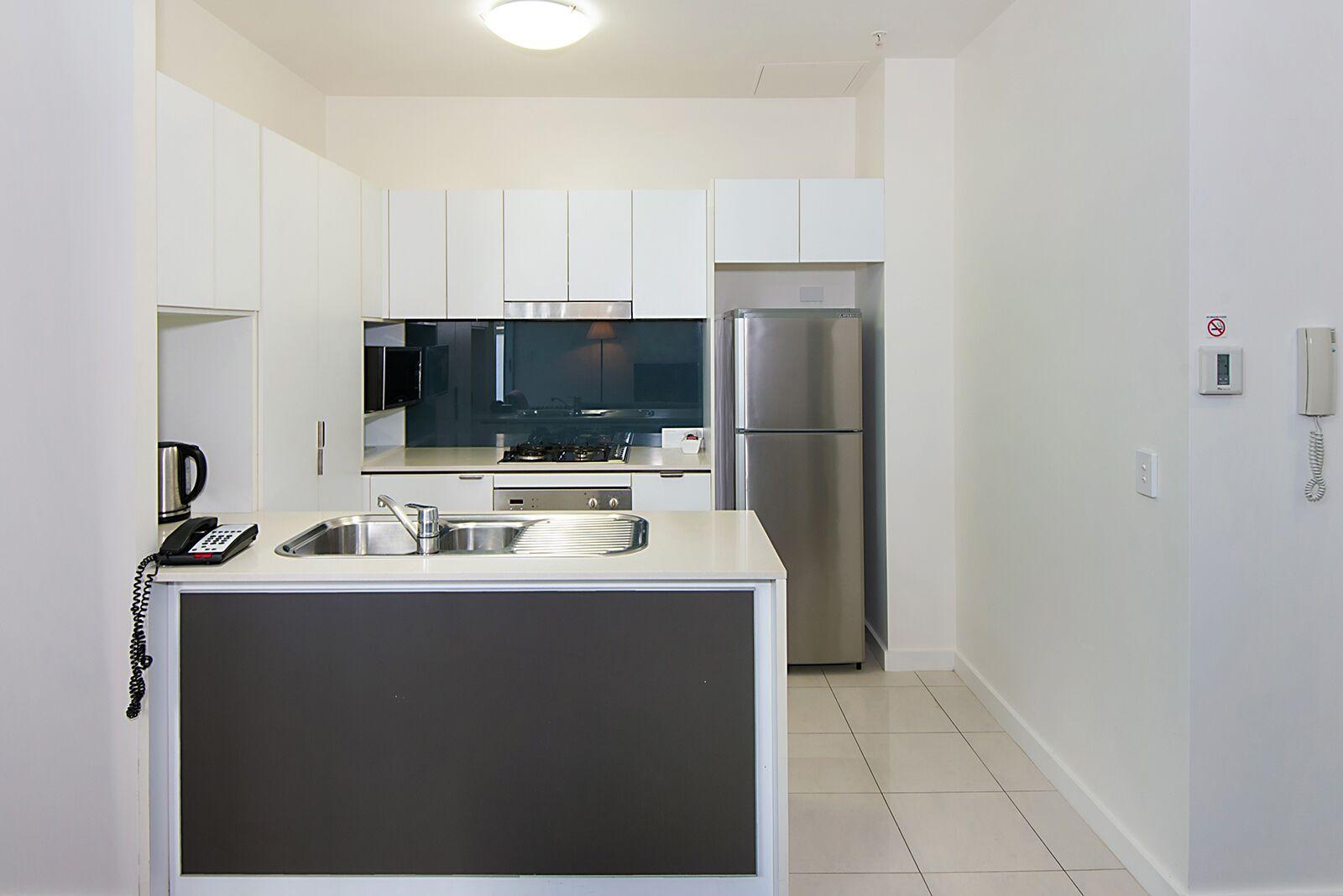 405/108 Albert Street, Brisbane City QLD 4000, Image 2