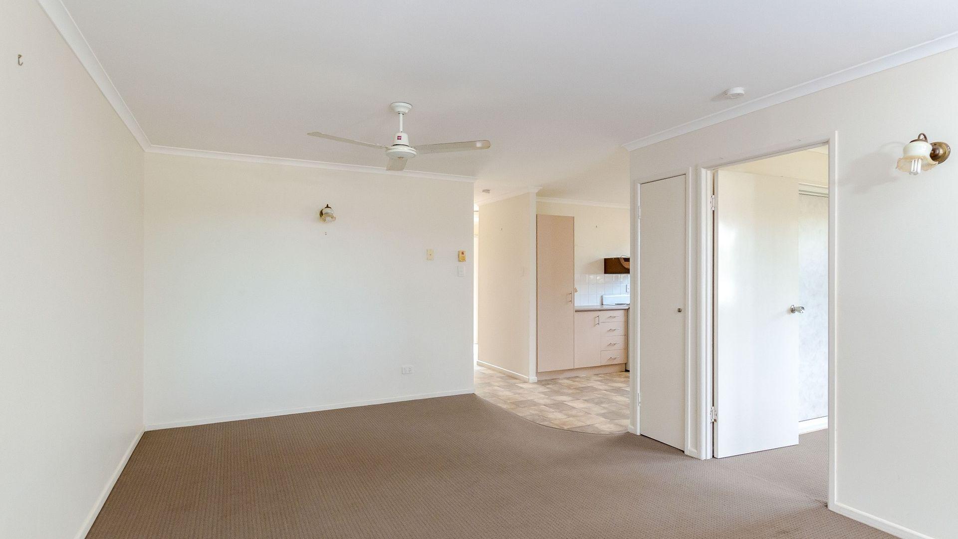 1/17 Bayne Street, West Gladstone QLD 4680, Image 2