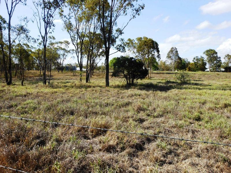 124 Alpha Bypass Road, Clermont QLD 4721, Image 2