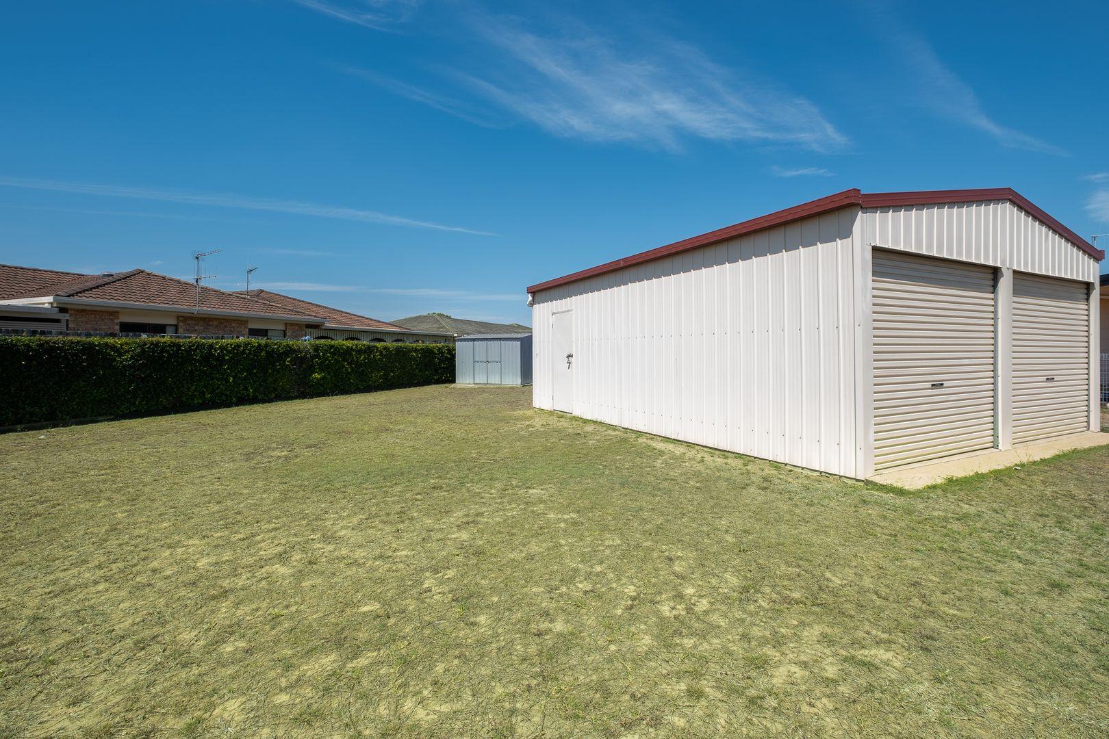 16 Houston Drive, Avoca QLD 4670, Image 2