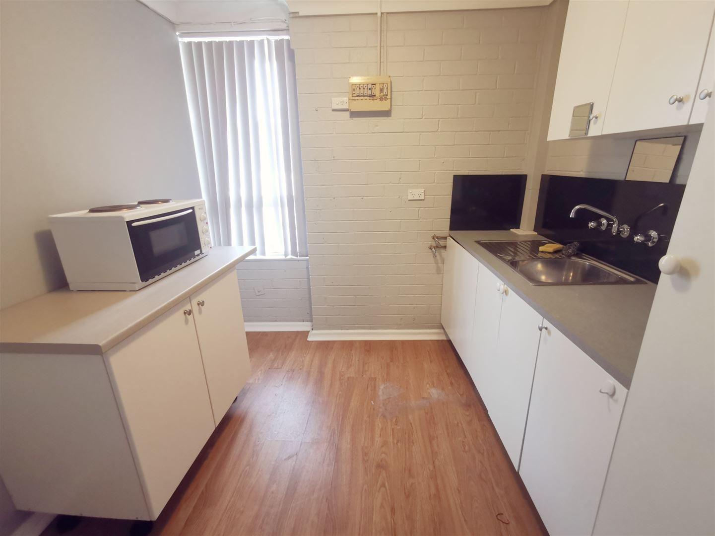 2/36 Johnson Avenue, Seven Hills NSW 2147, Image 0