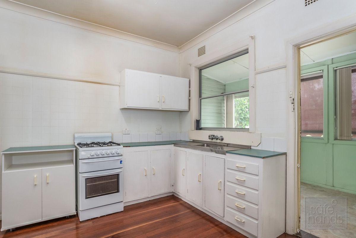 35 Hawthorne Street, Beresfield NSW 2322, Image 2