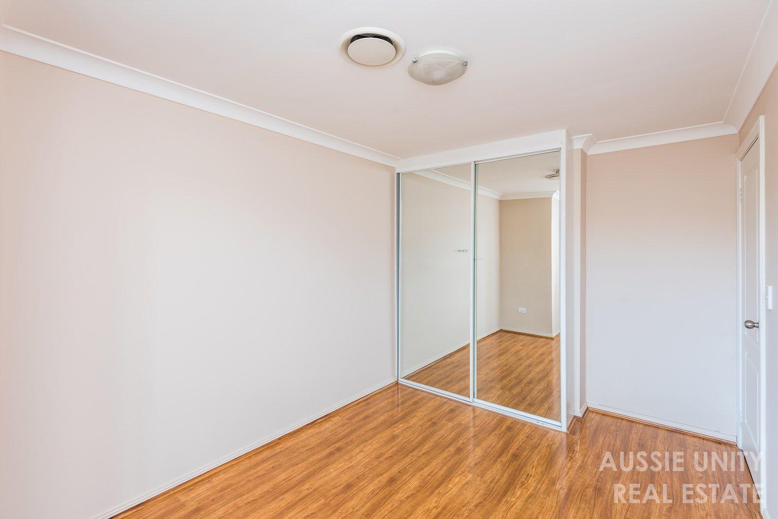 10/23-25 Fuller Street, Seven Hills NSW 2147, Image 2