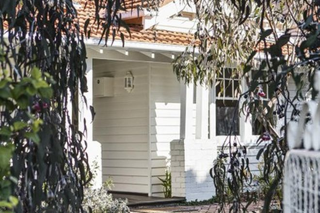 Picture of 1 Plimsoll Grove, FAIRFIELD VIC 3078