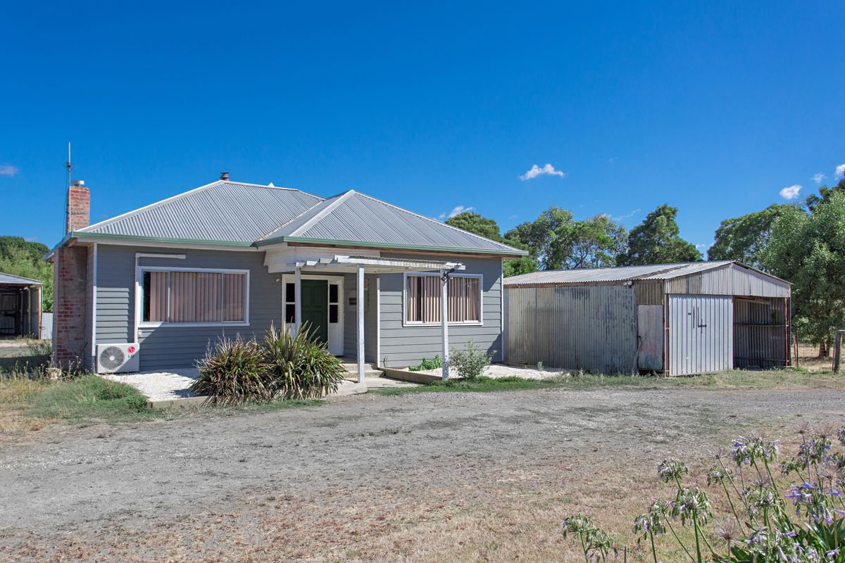 14 Blackwood Court, Enfield VIC 3352, Image 0