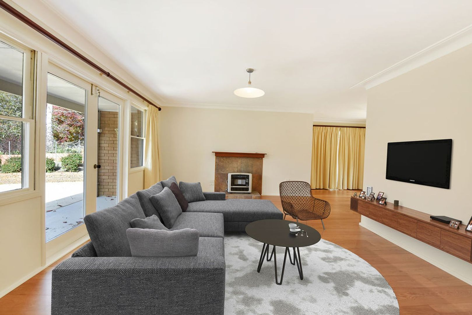 17 Boronia Road, Wentworth Falls NSW 2782, Image 2