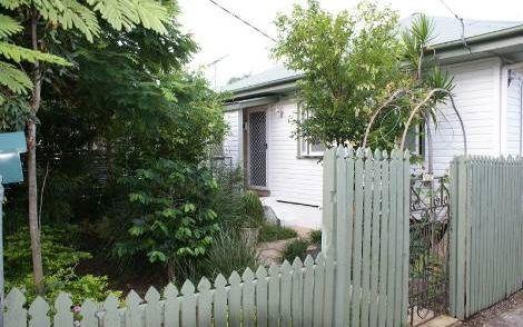 12 Bright Avenue, Clontarf QLD 4019, Image 0