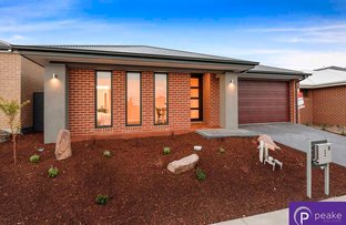 18 Bickleighvale Drive, Officer VIC 3809