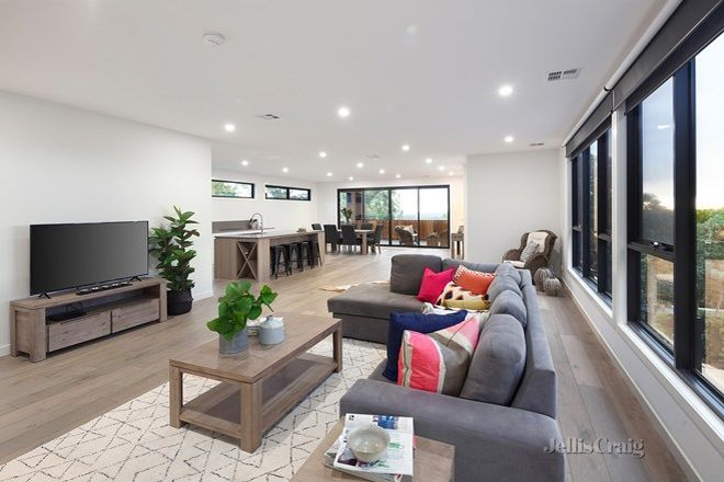 Picture of 90 Ingrams Road, RESEARCH VIC 3095