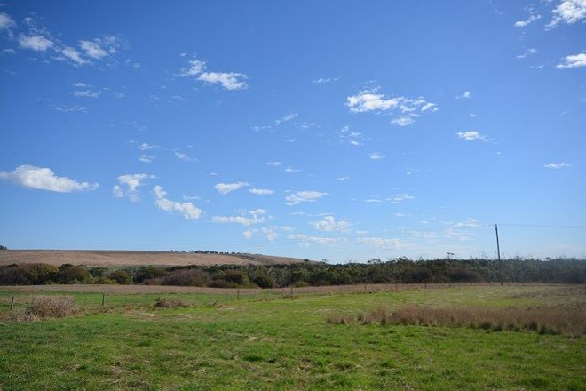 Picture of 1 Reserve Road, TYRENDARRA VIC 3285