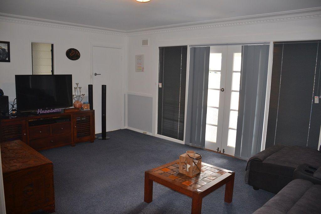 42 Lang Street, Inverell NSW 2360, Image 1