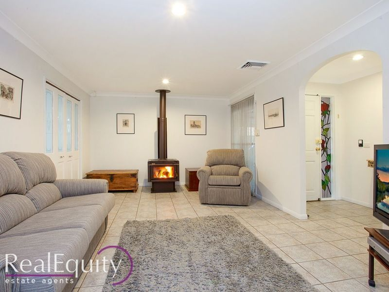 20 Rugby Crescent, Chipping Norton NSW 2170, Image 1