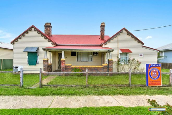 Picture of 87 Markham Street, ARMIDALE NSW 2350