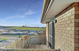 Picture of 1 & 2/41 Loongana Avenue, Shorewell Park TAS 7320