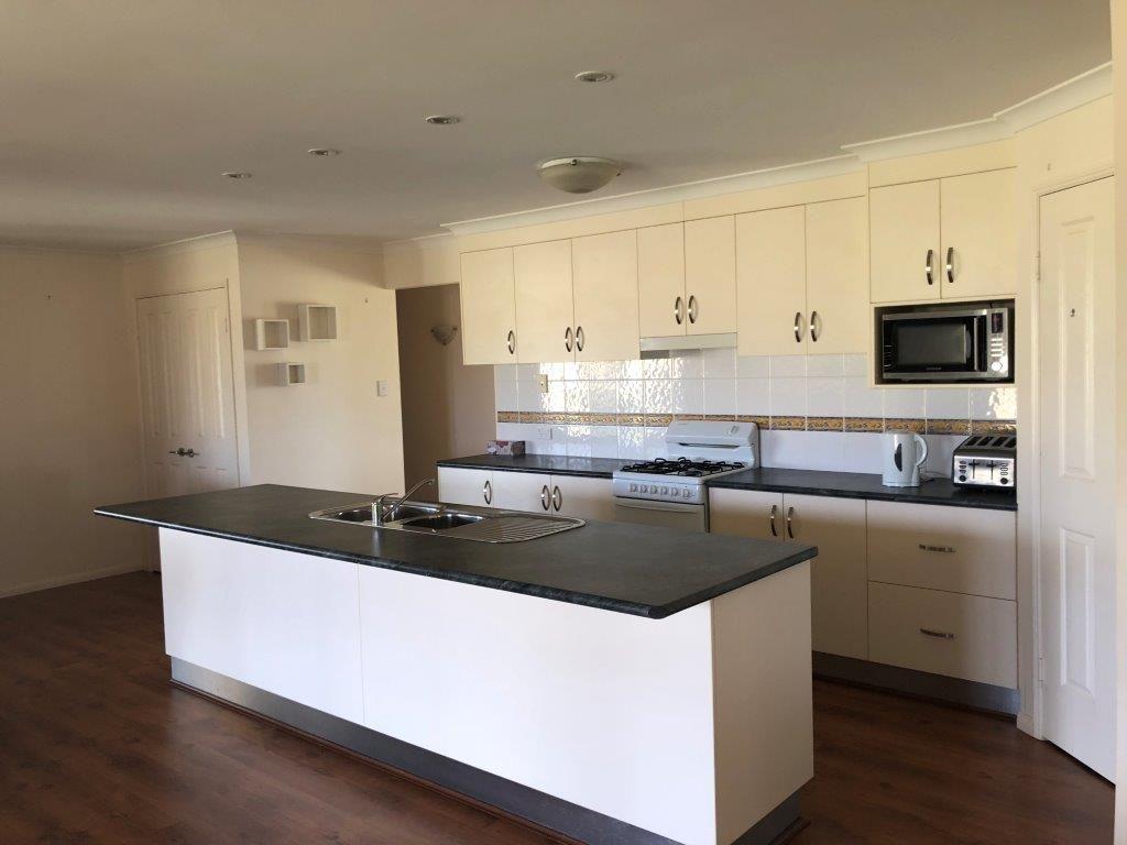 422 Ellesmere Road, Ellesmere QLD 4610, Image 2