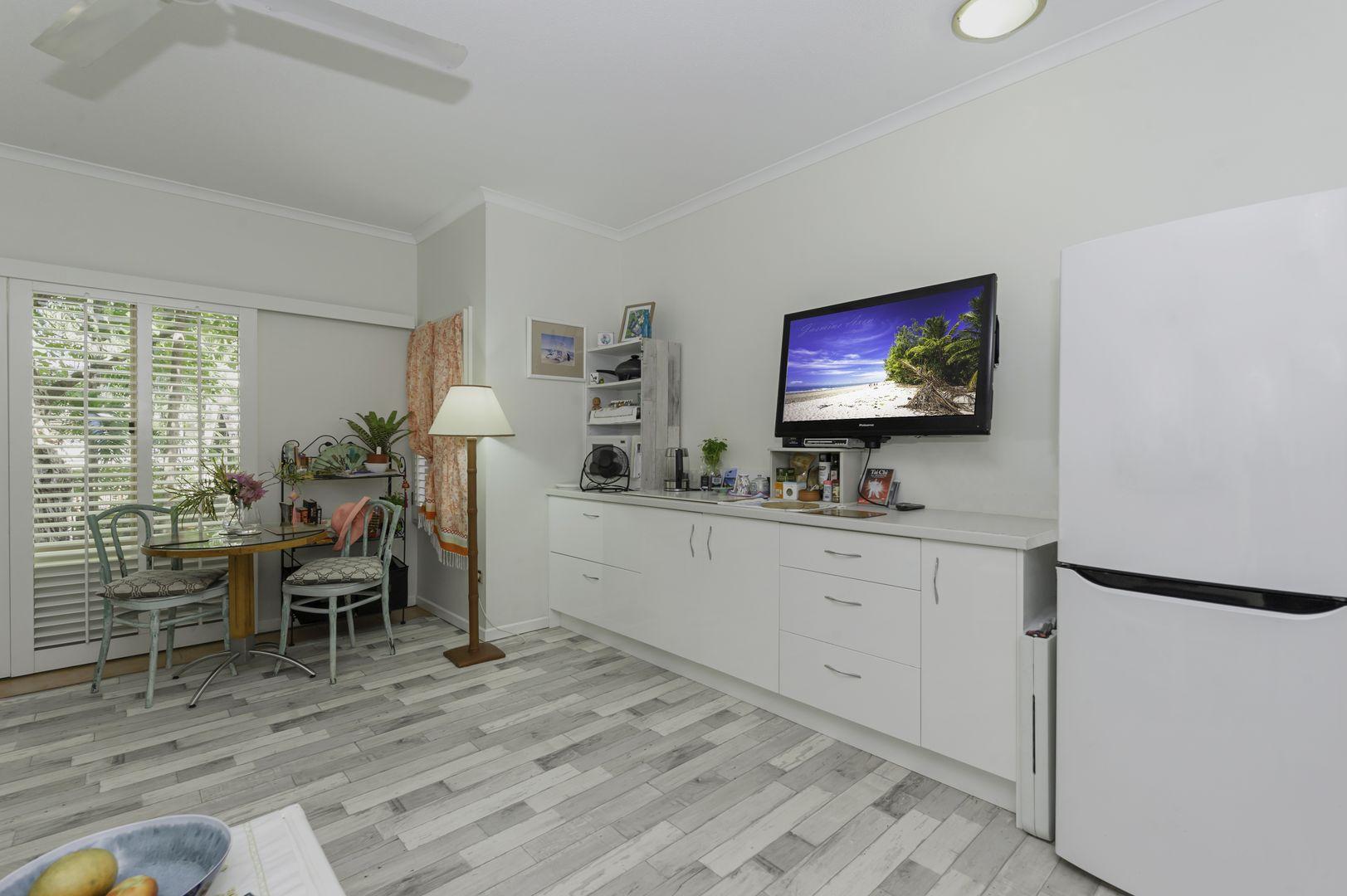 B204/316 Port Douglas Road, Port Douglas QLD 4877, Image 1