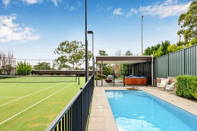 Picture of 4 Inverloch Avenue, TORRENS PARK SA 5062