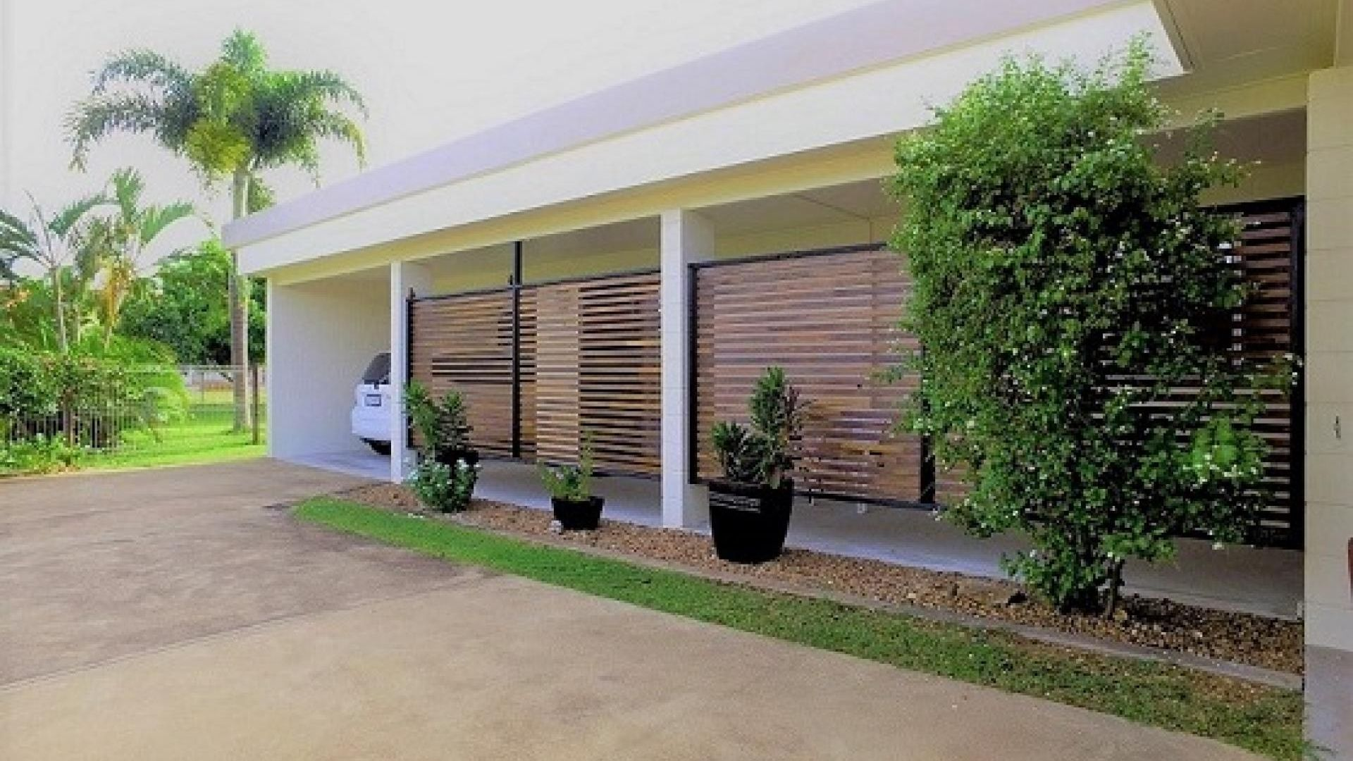 21 Carr Crescent, Lucinda QLD 4850, Image 1