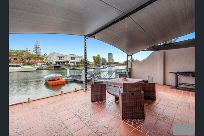 Picture of 2/23 Vaggelas Crescent, BIGGERA WATERS QLD 4216