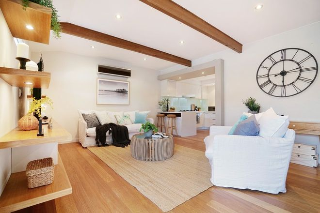 Picture of 84 Hastings Street, SCARBOROUGH WA 6019