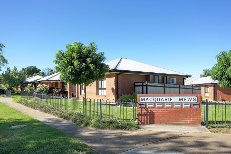 4/2-4 Macquarie Street, Mount Austin NSW 2650, Image 0
