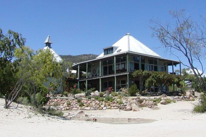 Picture of 59 Moonlight Bay Esplanade, GUMLU QLD 4805