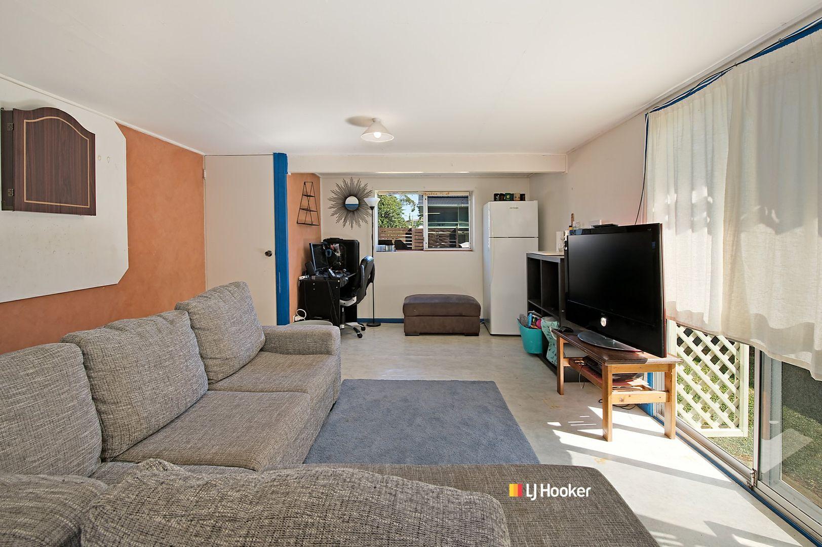 24 Mark Street, Kallangur QLD 4503, Image 2