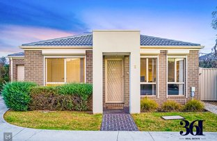 Picture of 2/3 Austin Place, Melton South VIC 3338