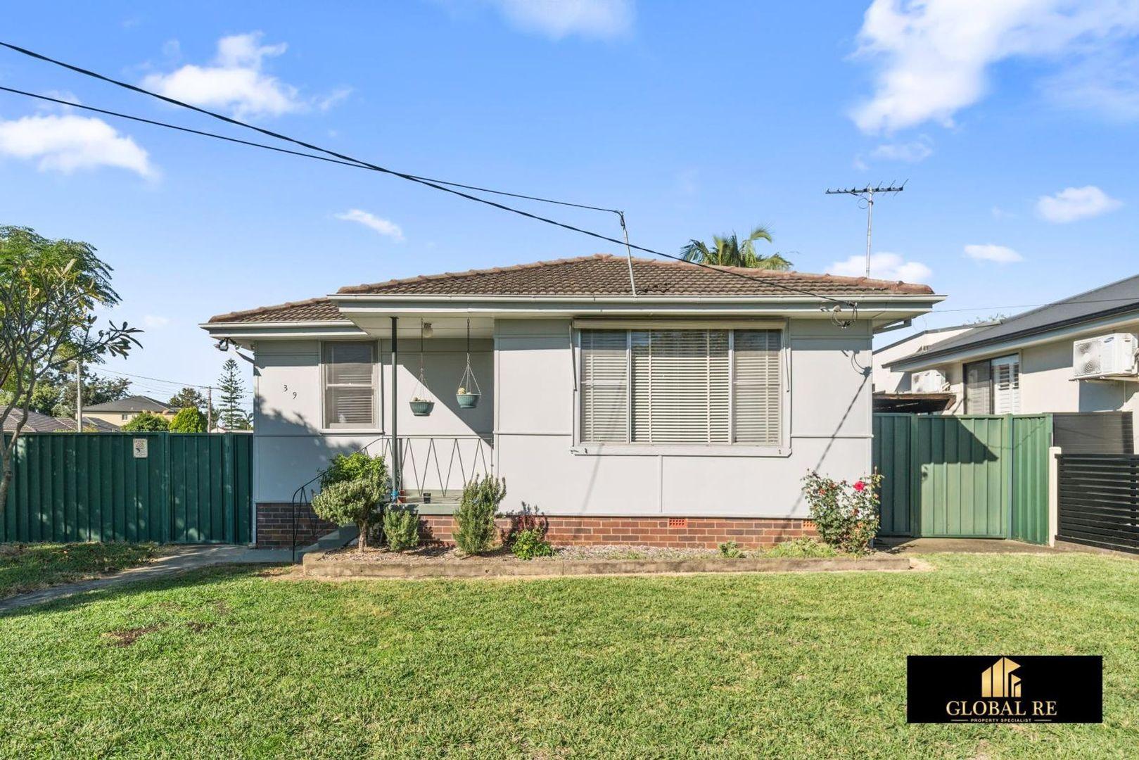39 Birdwood Avenue, Cabramatta West NSW 2166, Image 2