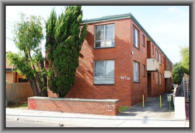 2/267 Albion Street, Brunswick VIC 3056, Image 0