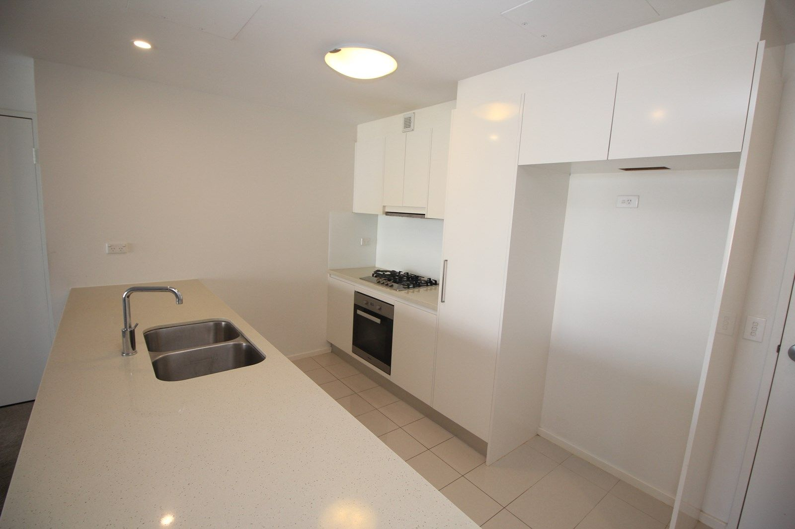 401/7-11 Magnolia Drive, Breakfast Point NSW 2137, Image 2
