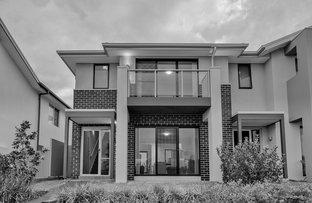 Picture of 7 Cresswick Walk, Moorebank NSW 2170