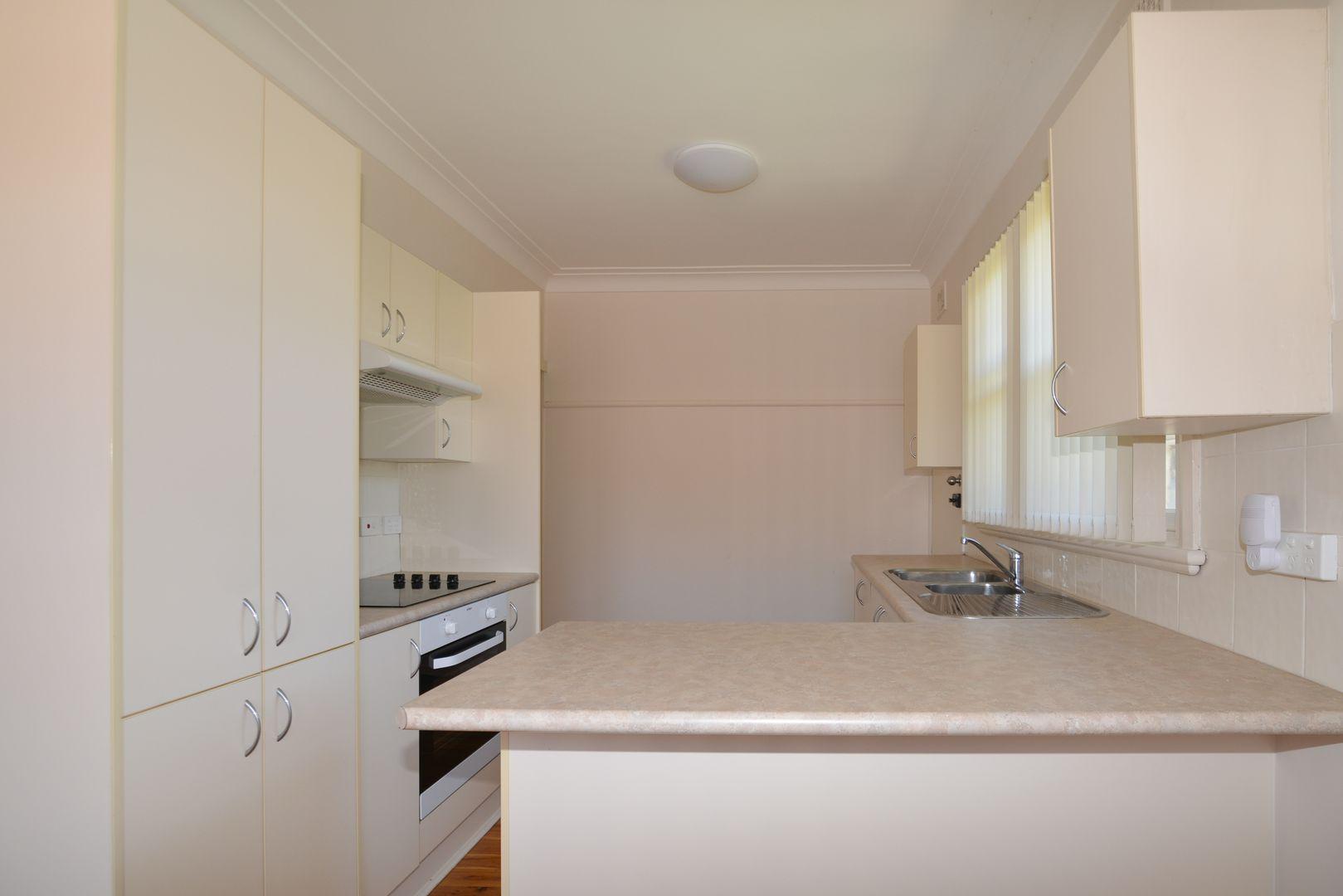 3 White Street, East Gosford NSW 2250, Image 2