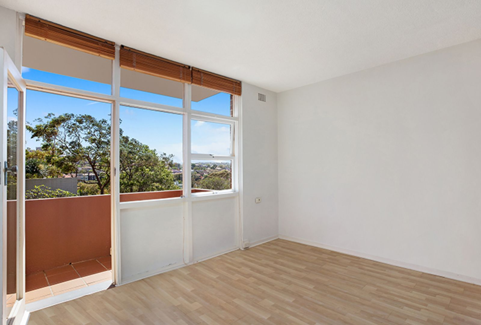 27/59 Whaling Road, North Sydney NSW 2060, Image 2