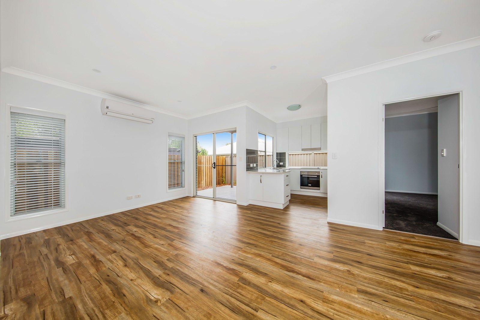 1/63 Rome Street, Newtown QLD 4350, Image 2