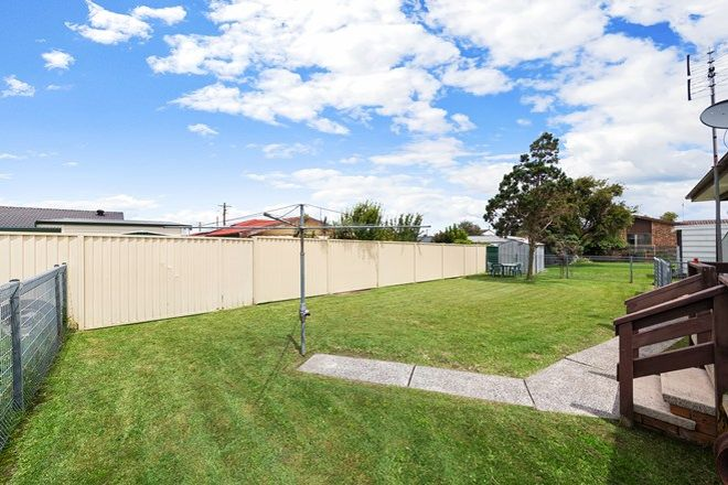 Picture of 9 Cornwall Avenue, GOROKAN NSW 2263