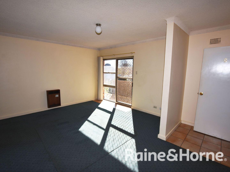 8/13 Torpy Street, Orange NSW 2800, Image 2