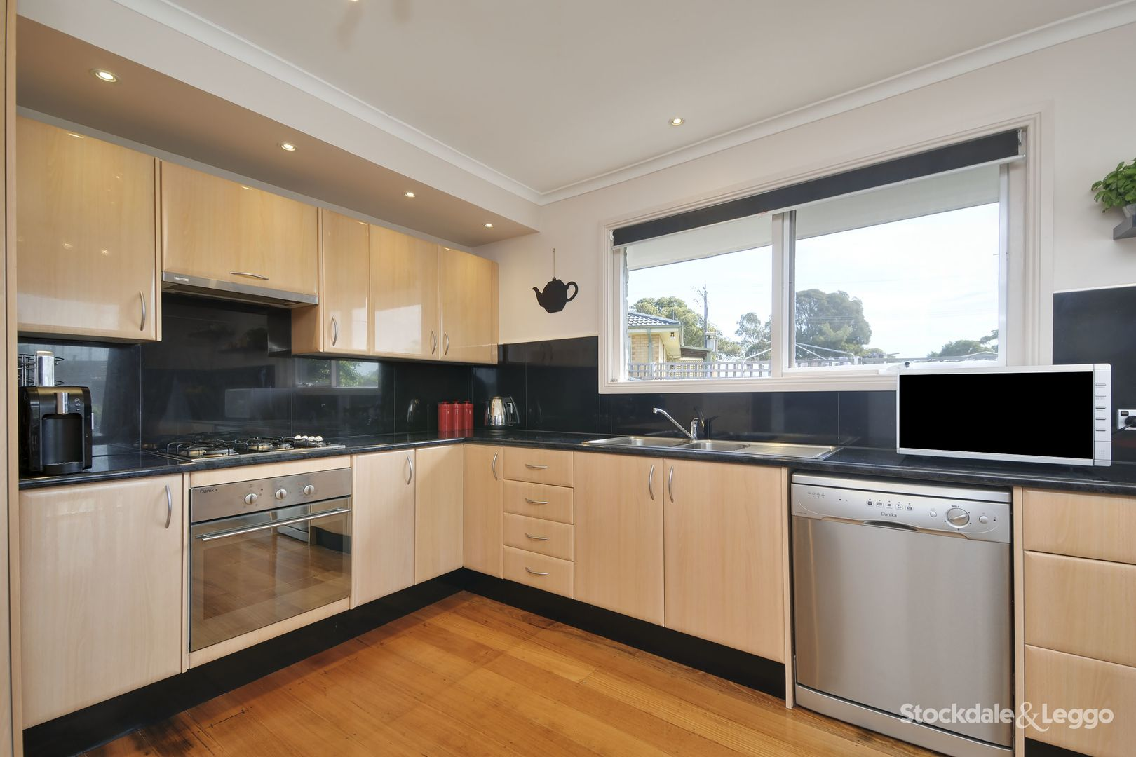 2 Walker Parade, Churchill VIC 3842, Image 2