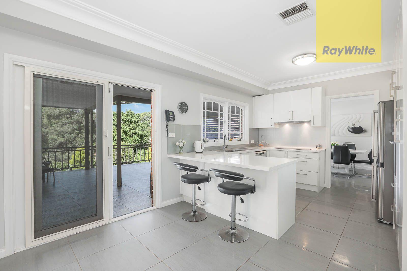 8 Ivanhoe Place, Oatlands NSW 2117, Image 1