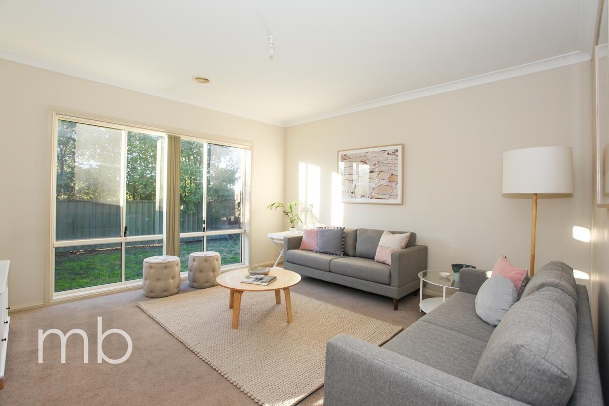 11 Roselawn Drive, Orange NSW 2800, Image 1