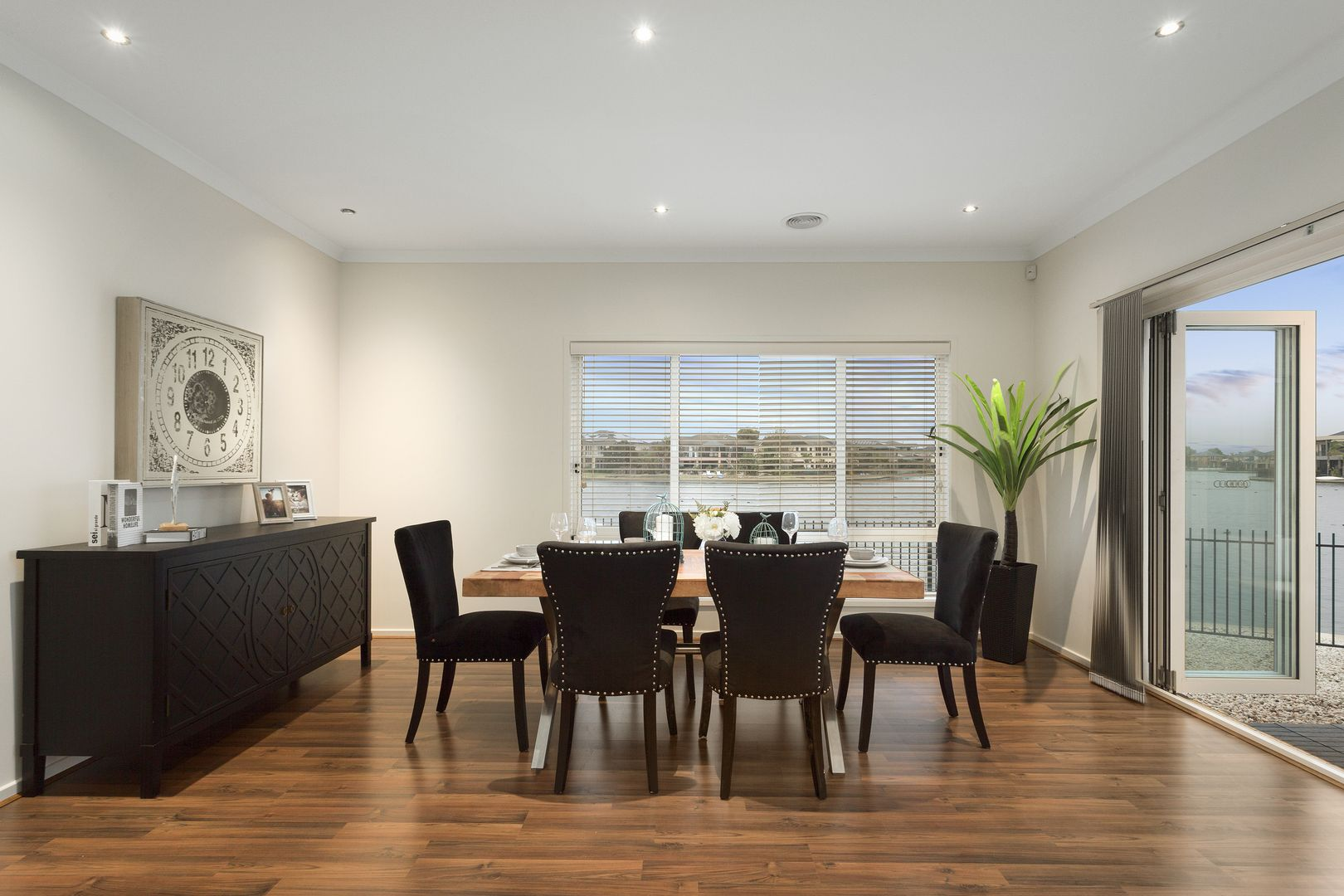 12 Rhode Island Close, Point Cook VIC 3030, Image 2