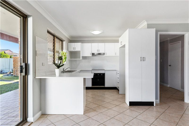 22 Essendon  Street, St Johns Park NSW 2176, Image 1