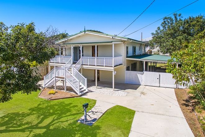Picture of 22 Seaville Avenue, SCARBOROUGH QLD 4020