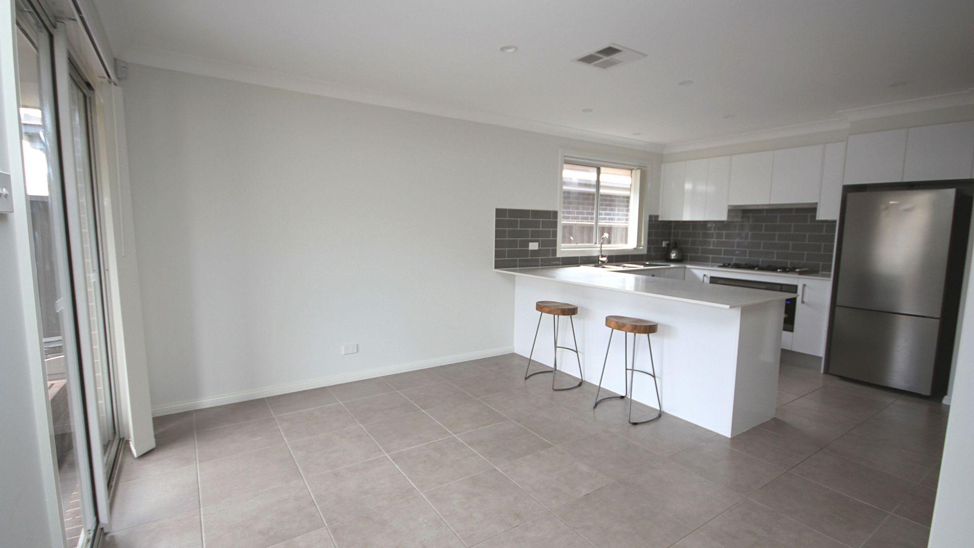 10 Cilento Street, Spring Farm NSW 2570, Image 2