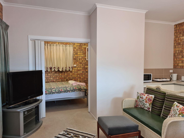 2/48 Corser Street, Burnett Heads QLD 4670, Image 2